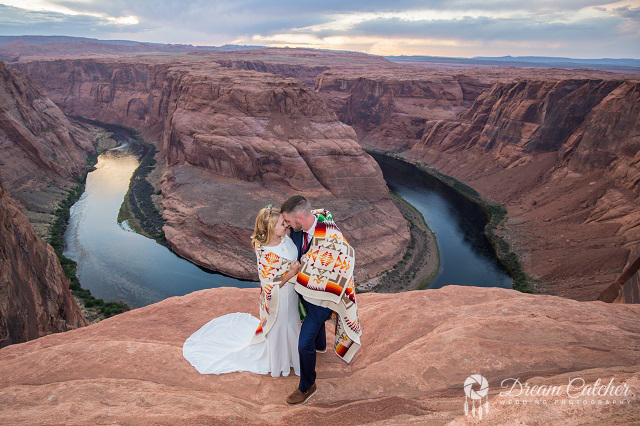 Horseshoe Bend Wedding (6)